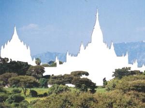 jose-davila-ananda-temple-king-kyanzittha-1105-jose-davila_courtesy-of-powerhouse-books